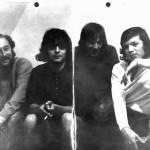 Young People 1971 / Dieses Foto ist nun fast 40 Jahre alt. Und man sieht was so ein bisschen Papier alles aushalten muss. Allerdings werden wir mal schauen, ob es in den Originalzustand zurückversetzt werden kann.