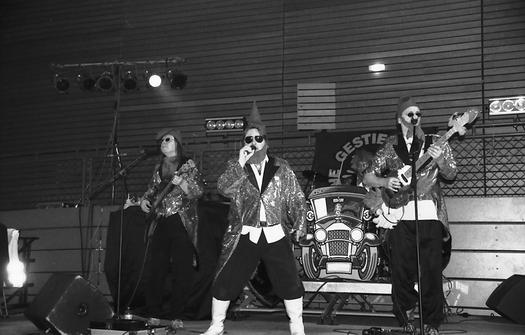 Rockband: Die Gestiefelten Zwerge